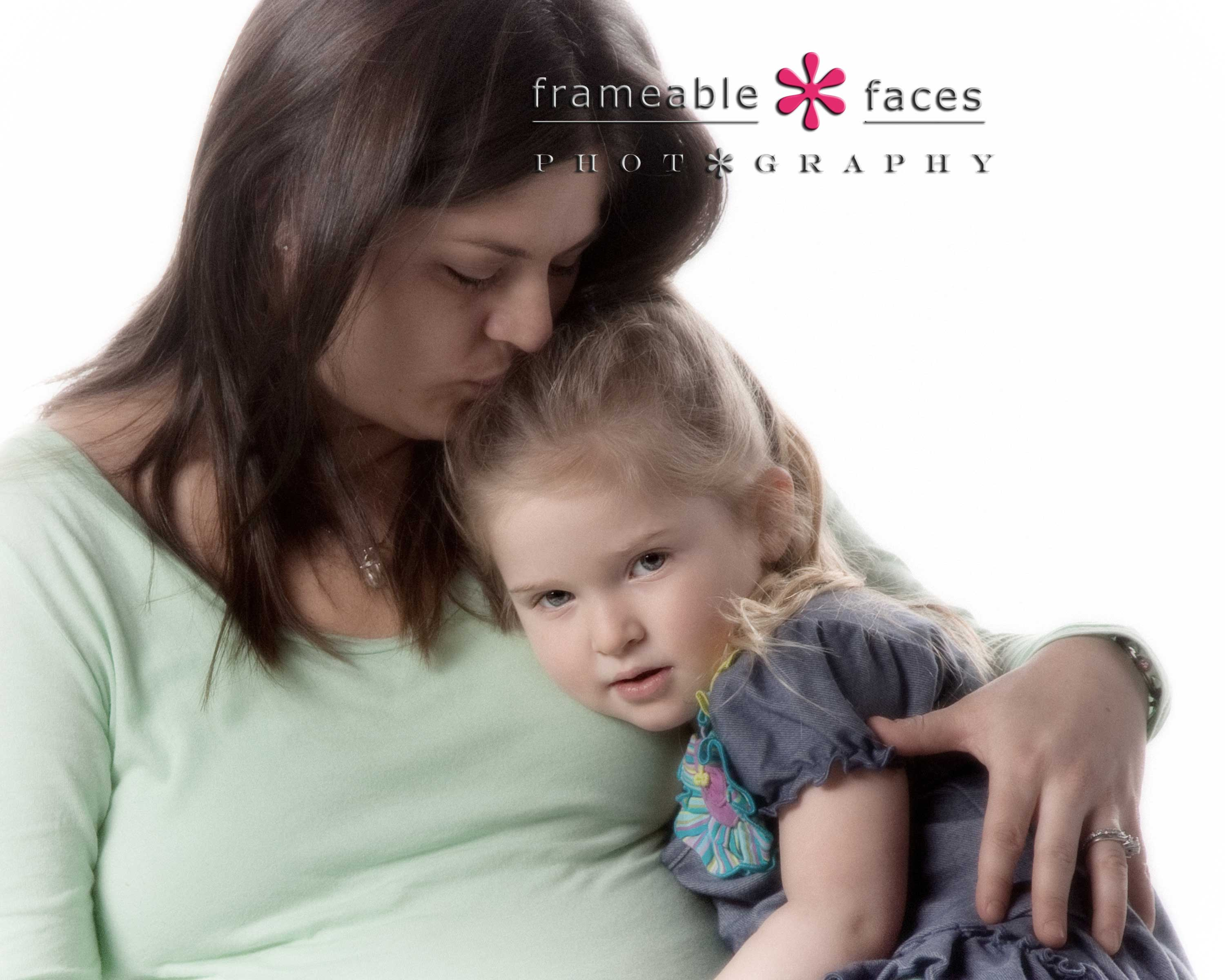 Frameable Faces Photography - Mommy and Daughter