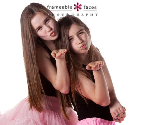 West Bloomfield Photographer - Twin Sisters